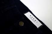【MARNI/マルニ】表と裏で表情が変わる、切替デニムパンツが入荷です。