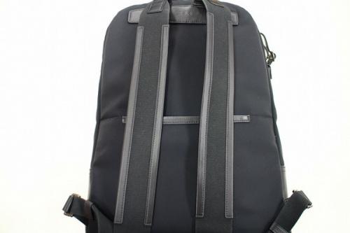 トゥミのバッグパック