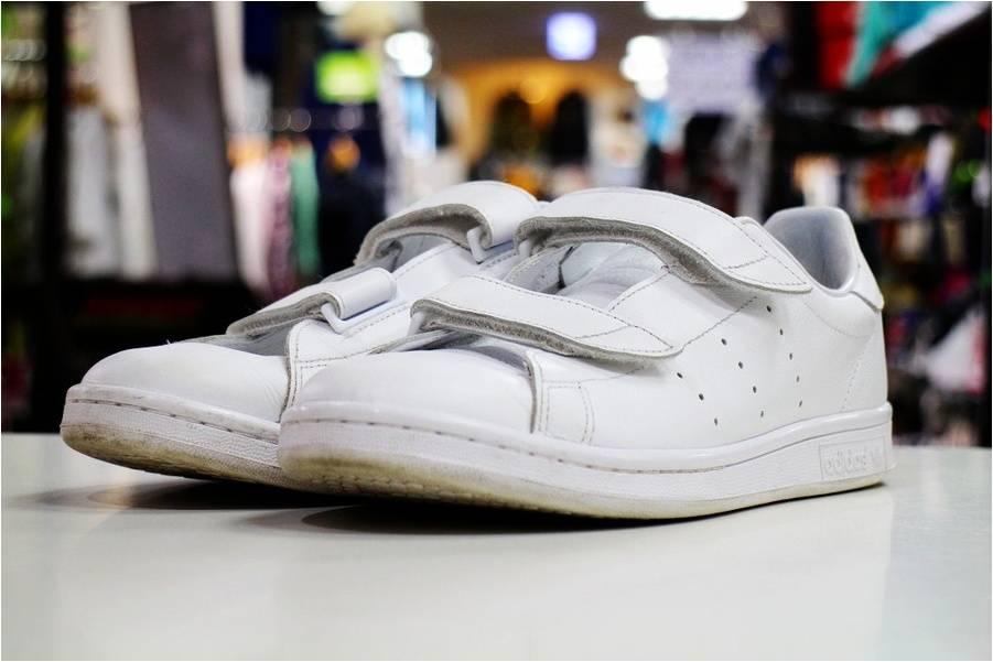 HYKE × adidas 人気の白スニーカーを入荷!【トレファクスタイル川崎店】