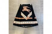 BURBERRY/バーバリー デザイン性に富んだスカートはいかがですか?
