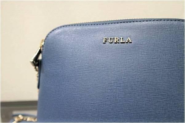 「FURLAのミニショルダーバッグ 」