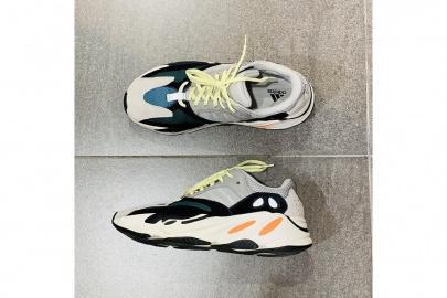 「adidasのアディダス 」