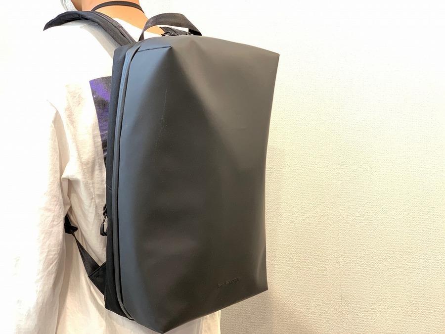 「ビジネスアイテムのberufbaggage 」