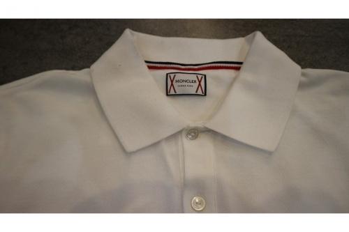 モンクレールのポロシャツ