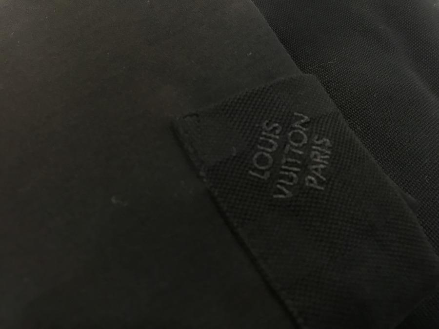 ルイ ヴィトン のポロシャツ