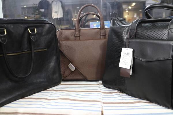「ビジネスのバッグ 」