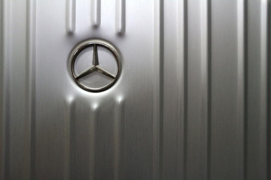 ビジネスアイテムのMercedes-Benz
