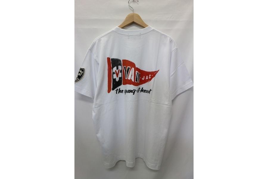 ヴァンのTシャツ