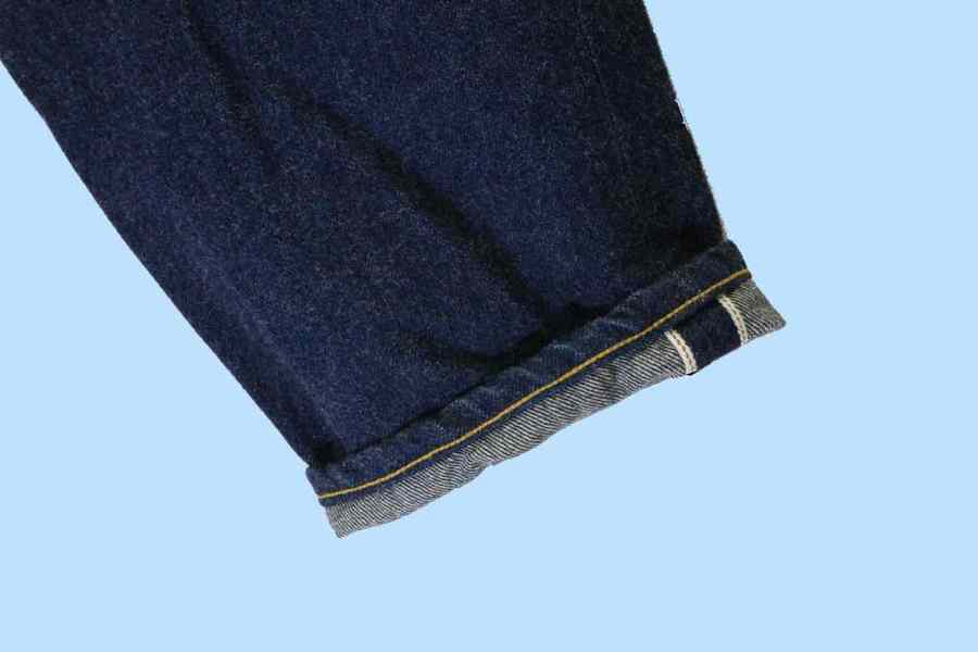 DENIM WIDE TAPEREDのデニム