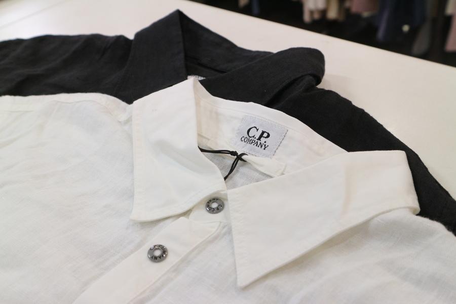 今の時期最適【C.P COMPANY/シーピーカンパニー】リネンシャツのご紹介。