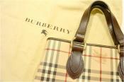 BURBERRY(バーバリー)よりノバチェックトートバッグが入荷。