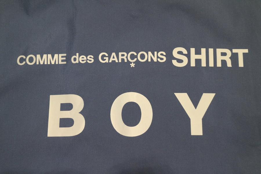 「ストリートブランドのcomme des garcons 」