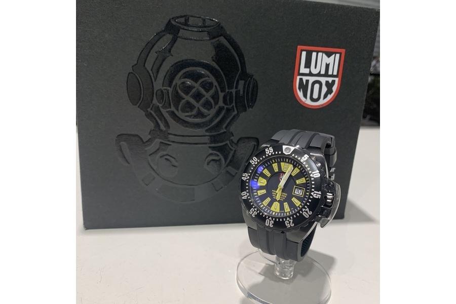 「レアアイテムのLuminox 」