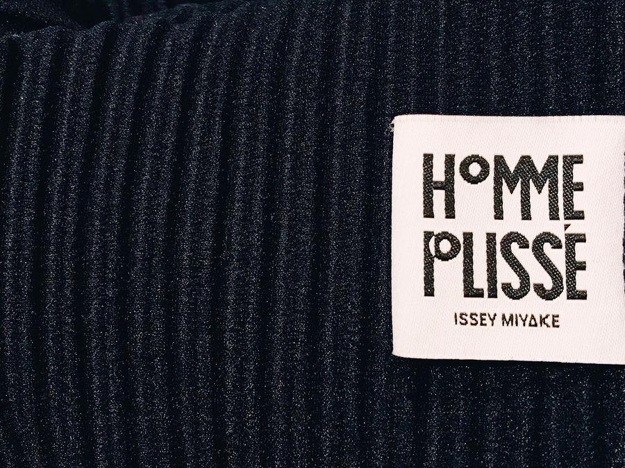 「ドメスティックブランドのHOMME PLISSE ISSEY MIYAKE 」