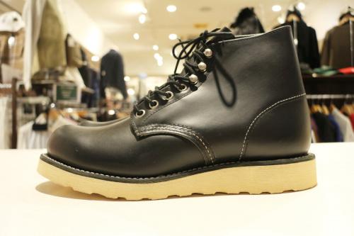 ヴィンテージアイテムの革靴