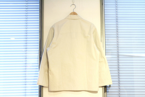 ウルのシャツ