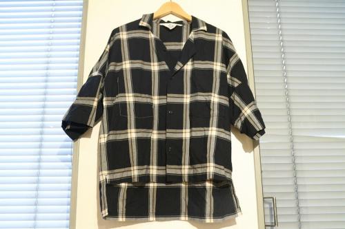 AURALEE(オーラリー)のシャツ