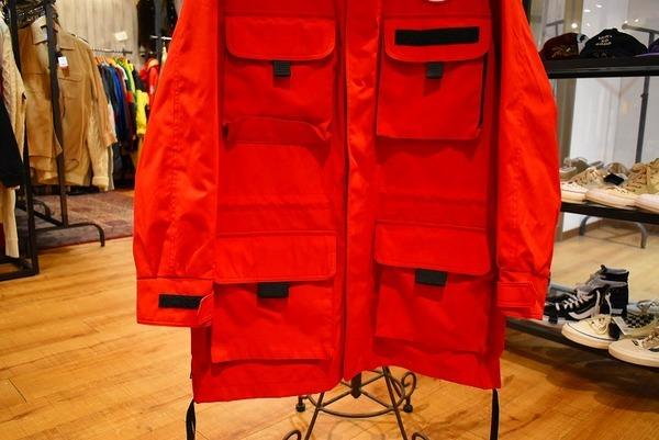 カナダグースのジャケット