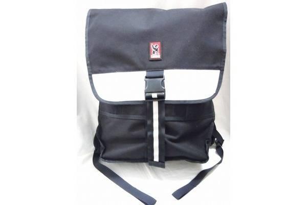 「クロームのメッセンジャーバッグ 」