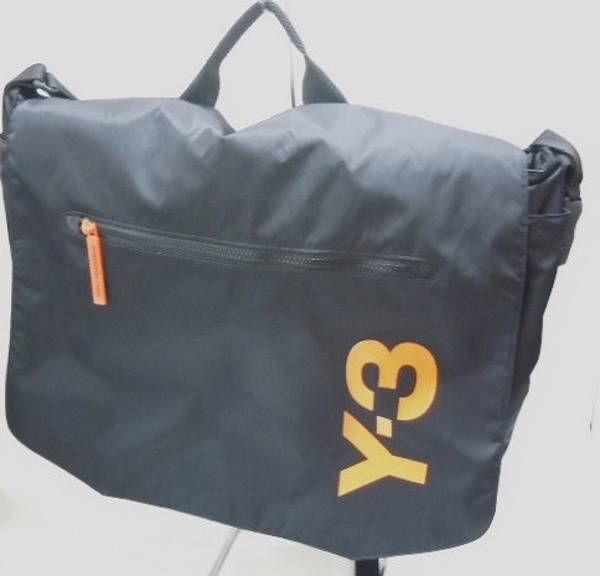 「Y−3のメッセンジャーバッグ 」