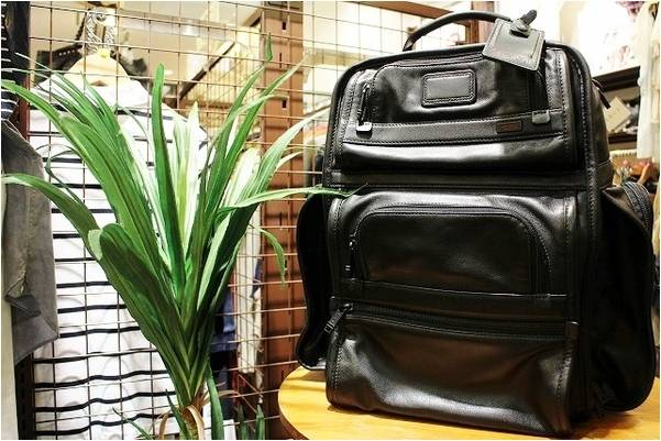 「トゥミのバッグ 」
