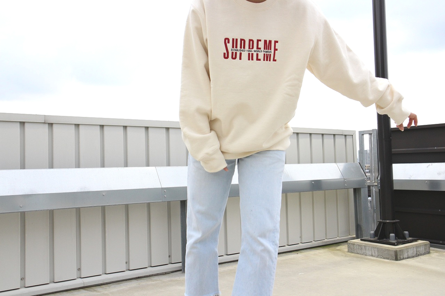 本日の買取速報【 2018AW/ SUPREME /シュプリーム/ World Famous Crewneck Sweat 】