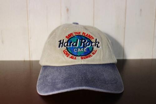 レアアイテムのHard Rock Cafe