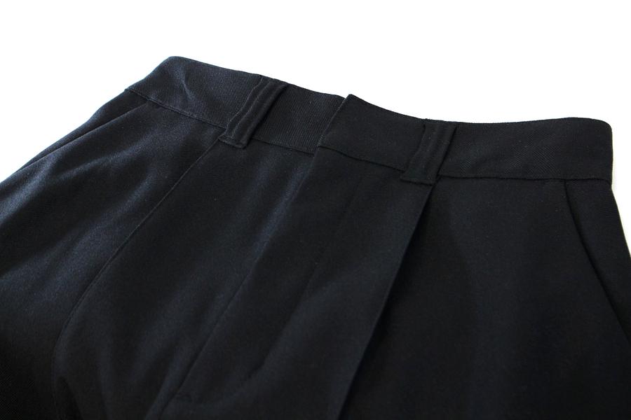 クリーナのスカート