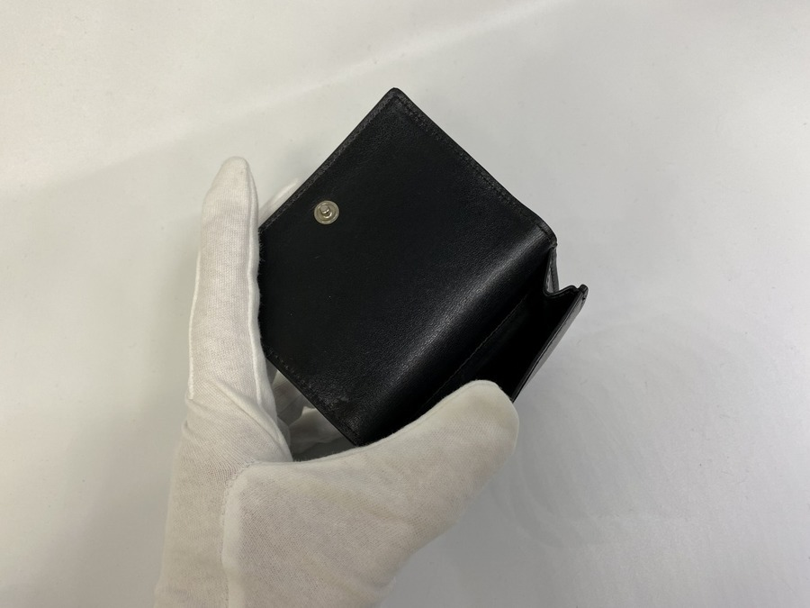 サンローランパリの3つ折りコンパクトウォレット
