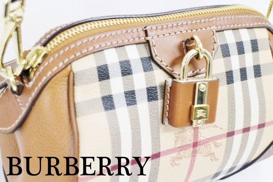 英国の老舗メゾン『BURBERRY』よりミニショルダーバッグが入荷…【古着買取トレファクスタイル調布店】