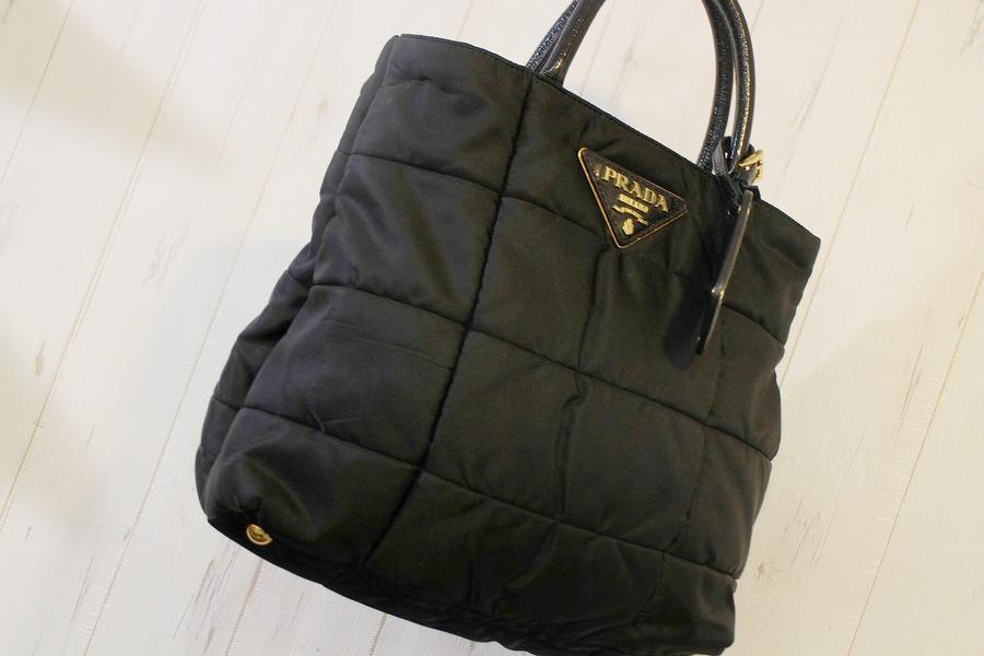 【BN1595】PRADA/プラダよりサイズ感が愛おしいバッグが入荷。