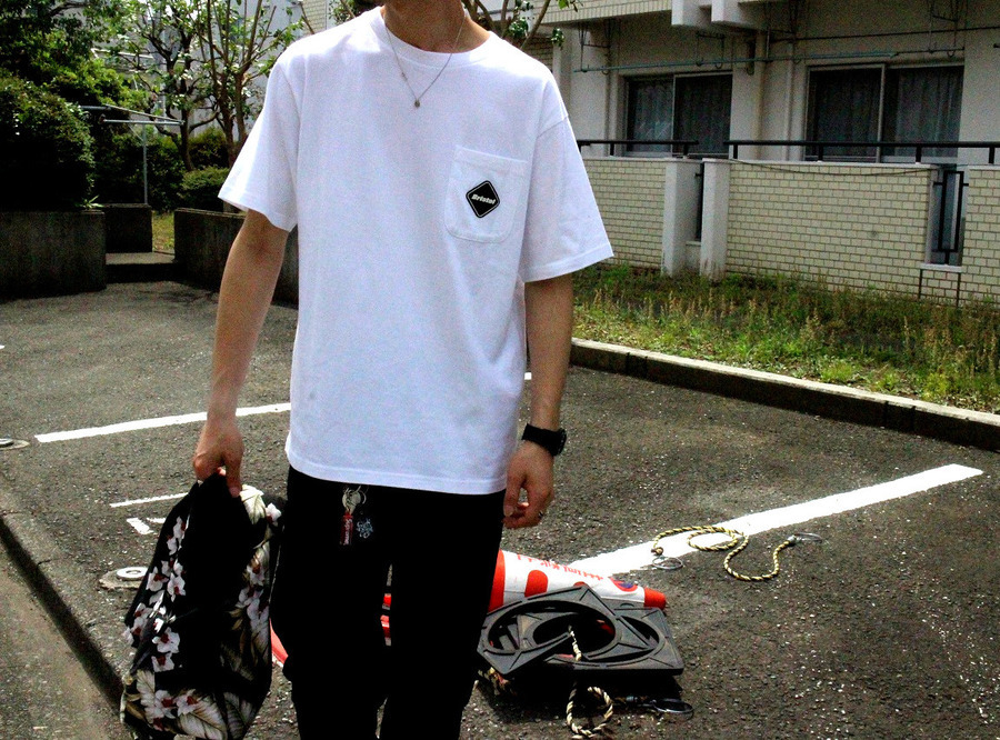 告知あり!!【F.C.R.B】19SS Big Logo Pocket Tee White M