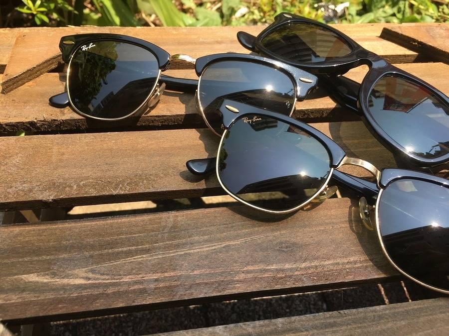 「セールのサングラス 」