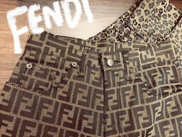 レトロなパンツ。FENDI/フェンディ