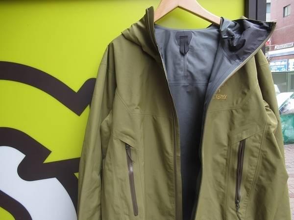 ARC'TERYX/アークテリクス  当店一押しのジャケット、お早めに。