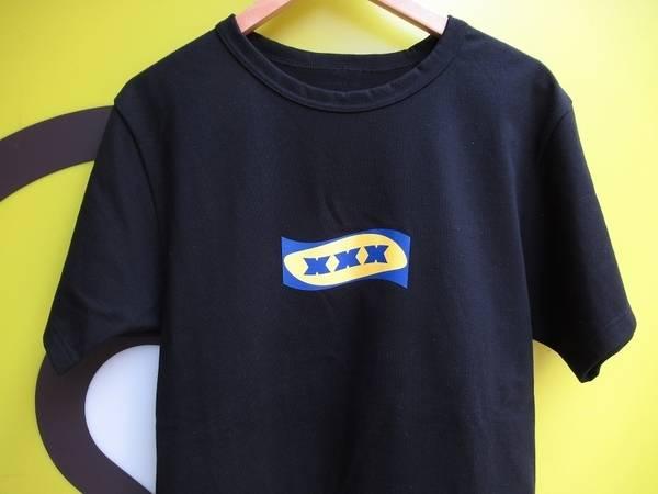 ゴッドセレクションのボックスロゴ