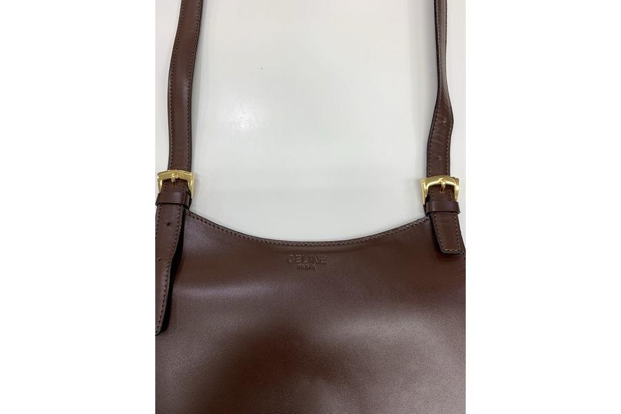 オールドセリーヌのフラップバッグ