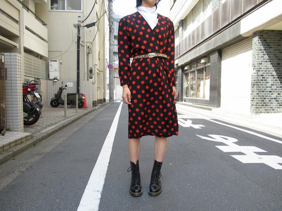 【高円寺ヴィンテージブログ】GIVENCHYのレトロワンピース必見です!