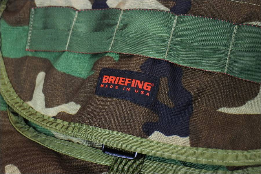 「BRIEFINGのブリーフィング 」