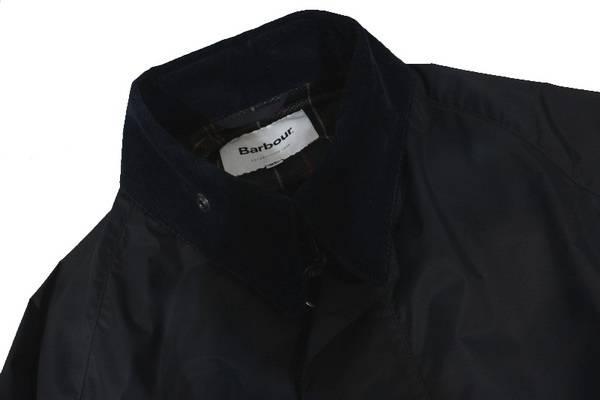 """最新モデルの""""Barbour""""のジャケットが入荷致しました!"""