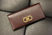 Salvatore Ferragamo(サルヴァトーレ フェラガモ)から財布が入荷しました!