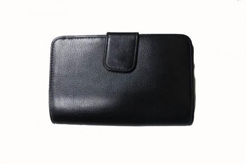 PRADAの財布