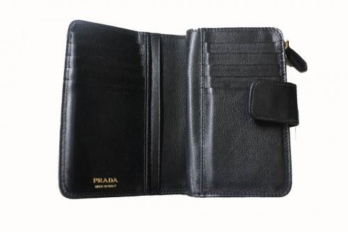 財布のアクセサリー