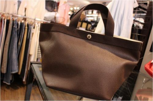 エルベシャプリエのハンドバッグ