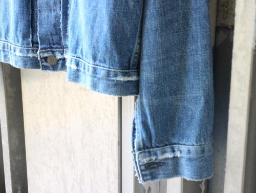レミレリーフのデニムジャケット