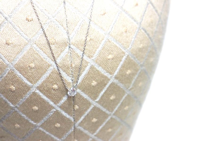 ヴァンドーム アオヤマのダイヤ+プラチナネックレス