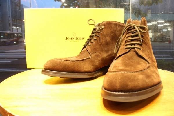 最高峰の革靴・・・『JOHN LOBB』ついに入荷【トレファクスタイル船橋店】