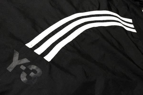 Y-3(ワイスリ−)のナイロンフーディジャケットが入荷致しました!【古着買取トレファクスタイル船橋店】