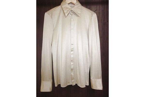 「ガラアーベントのシャツ 」