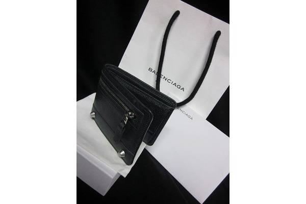 「バレンシアガの財布 」